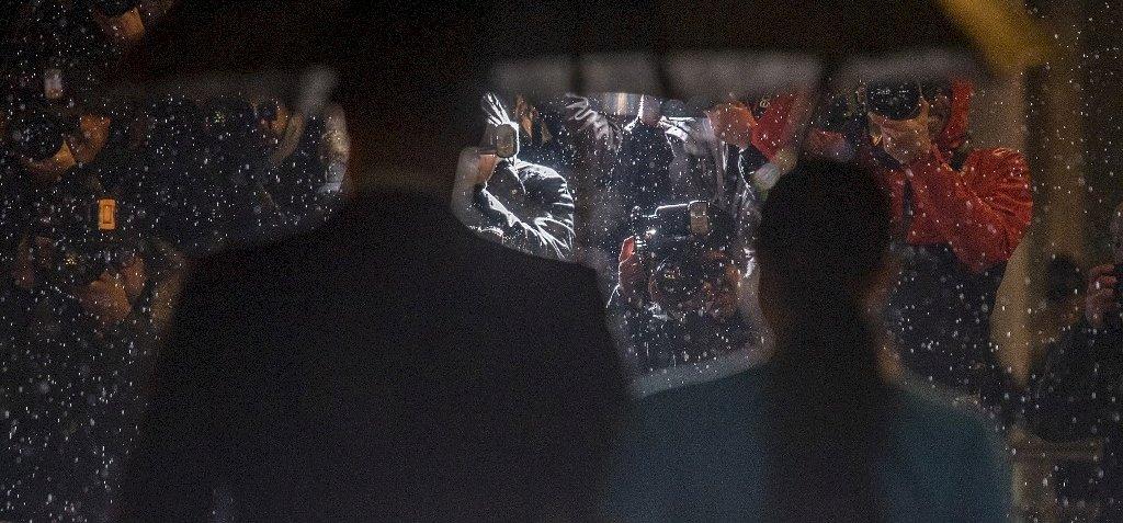 Esőben is elbűvölően nézett ki a Londonba visszatérő Meghan Markle – galéria