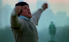 """Sylvester Stallone """"Rockyként"""" küzd a koronavírus ellen – fotó"""
