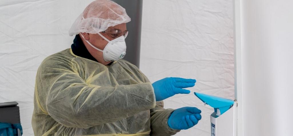 Koronavírus: kihirdették a veszélyhelyzetet – itt vannak a részletek