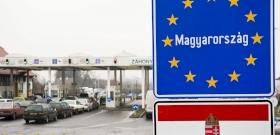 Hivatalos: lezárják Magyarország határait