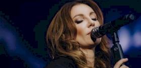 Maradj otthon! fesztivál: új klipben adja elő Most élsz című dalát Rúzsa Magdi – videó
