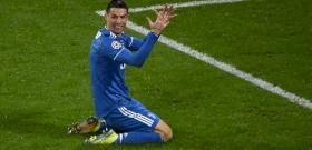 Mosolyogva mosnak kezet Ronaldo gyerekei – videó