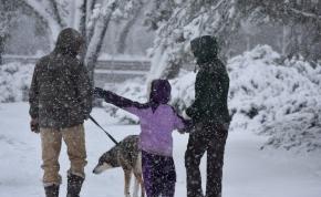 Időjárás: visszatér a havazás és a mínuszok