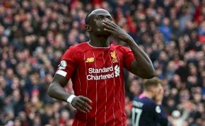 A Liverpool sztárja elfogadná, ha idén nem nyerhetnék meg a bajnokságot
