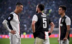 A Juventus döntött: egy hosszabbítás, egy eladás