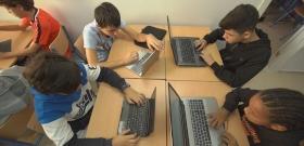 Digitális oktatás helyett pornót kaptak a gyerekek