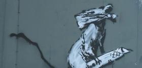 Karanténban is alkot a titokzatos művész, Banksy