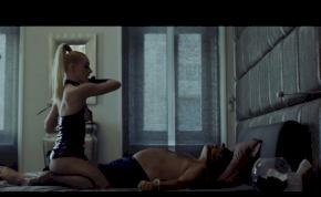 Durva bőrszerkós szexjelenetet tett közzé az RTL Klub – videó