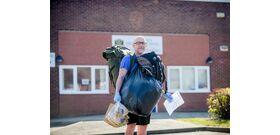 Egy tanár minden nap 8 kilométert sétál, hogy 78 gyereknek legyen ebédje