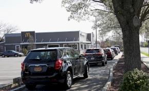 Van, ahol újranyitott néhány McDonald's, hatalmas roham indult
