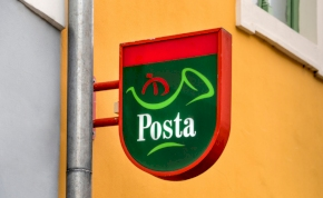 Fontos dolgot kér az emberektől a Magyar Posta