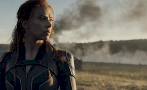 Scarlett Johansson és Margot Robbie egymást püföli a karanténban