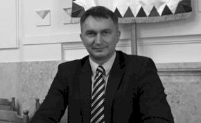 Tragikus hirtelenséggel meghalt Sitku Ernő