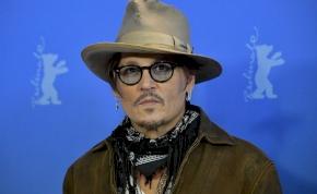 Johnny Depp kezéhez számtalan ember vére tapad