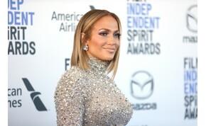 Teljes letargiába zuhant Jennifer Lopez, amiért elmarad az esküvője