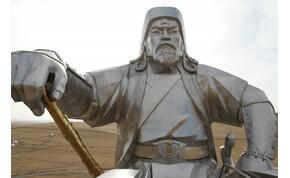 Mongóliában megnéztem a világ legnagyobb lovasszobrát – galéria