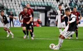 Ronaldo büntetőt rontott, de így is kupadöntős a Juventus
