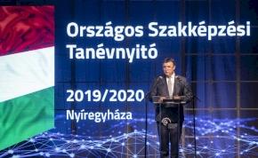 Nyíregyházán járt Palkovics László innovációs és technológiai miniszter