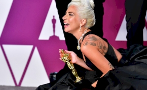 Ezért kapta meg egy rajongó Lady Gaga kabátját