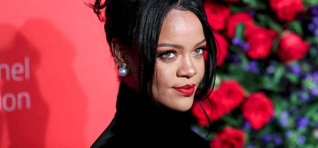 Rihanna legutóbbi fotója zavarba ejtő: vagy ennyire lefogyott, vagy ennyire megretusálták