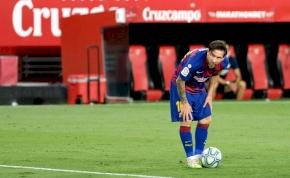 Csillagászati összeggel bírná maradásra Messit a Barcelona