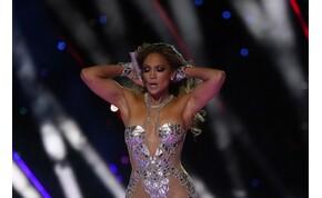 Jennifer Lopez úgy rázza a fenekét, hogy azon még vőlegénye is meglepődött – videó