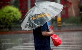 Zápor, zivatar, viharos széllökés – pár órára búcsút inthetünk a nagy melegnek