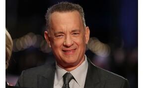 Tom Hanks látványos csobbanással ünnepelte 64. születésnapját – videó