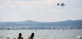 """A Balaton """"agyoncsaphatatlan"""" – megjelent a Balaton 2020 gasztrokalauz"""