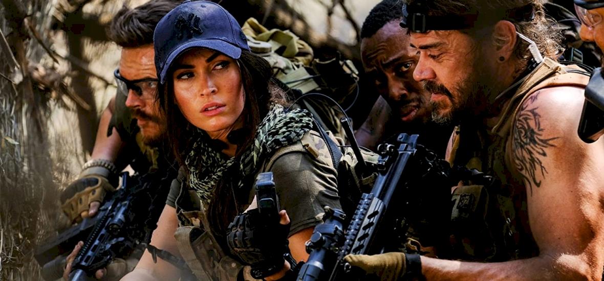 Megan Fox oroszlánokkal csatározik a Rogue előzetesében