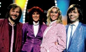 Új dalokkal érkezik az ABBA