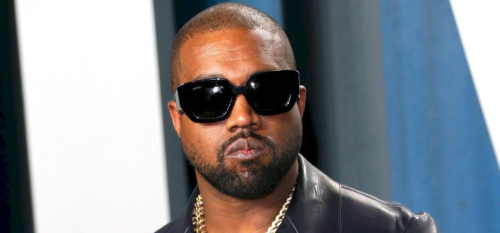 Kanye West kiírta Twiterre, hogy Kylie Jenner büdös