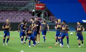Tizenkét játékosától szabadulna meg a Barcelona