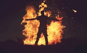 Ha nagyon mérges vagy, csak úgy felgyulladhat a tested?
