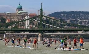 Újra hosszában szelik át Budapestet a SUP szerelmesei