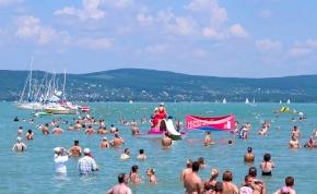 Hivatalos: megtartják az idei Balaton-átúszást