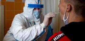Tízszer-hússzor több koronavírus-fertőzött is lehet Magyarországon