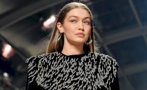 Gigi Hadid melleit csak egy vékony pánt takarja el – válogatás
