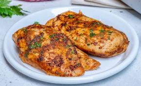 A csirkemell sütése egyszerűbb, mint gondolnád – videó