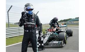 Forma-1: csapattársa verte meg Hamiltont, és nem ez volt az egyetlen meglepetés