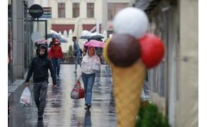 Napszemüveg és esernyő is legyen a kezünkben – keddi időjárás