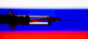 Az oroszok bejegyeztették az első Covid-19 elleni vakcinát, Putyin lányát be is oltották