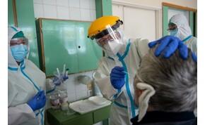 Koronavírus: hatodik hete nő az aktív fertőzöttek száma Magyarországon