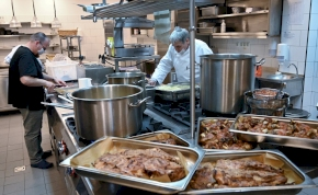 Különös és meghökkentő módon küzd néhány étterem az ételpazarlás ellen