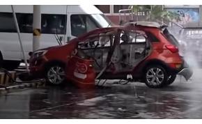 Felrobbant egy villanyautó, méghozzá töltés közben - videó