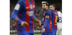 Hivatalos: Messi marad a Barcelona csapatánál