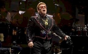 Ritkaságokkal teli nyolclemezes dobozt jelentet meg Elton John