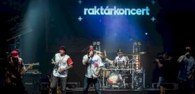 Indul az otthoni party: hétfőtől válnak elérhetővé a Raktárkoncertek