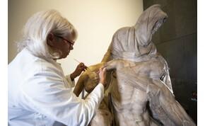 Hihetetlen dolgot fedeztek fel Michelangelo Pietáján