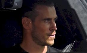 Őrjöngő szurkolók várták a Tottenhamhez visszatérő Gareth Balet
